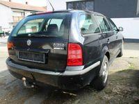 gebraucht Skoda Octavia Combi Elegance 2.0 FSI Einparkhilfe