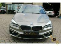 gebraucht BMW 218 Active Tourer i Advantage Park-Assistent LED Navi Keyless Panorama El. Heckklappe PDCv+h