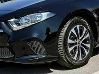 gebraucht Mercedes A180 Progressive MBUX PREMIUM KAMERA SITZHZG 7G