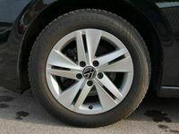 gebraucht VW Golf VIII 2.0 TDI DPF DSG LIFE * ACC WINTERPAKET LED...
