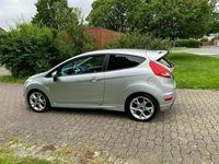 gebraucht Ford Fiesta ST Sport TITANIUM. 1,6 l Benzin
