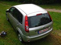 gebraucht Ford Fiesta 1.3 Futura***RENTNERAUTO***TÜV 07/2023