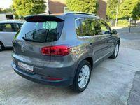 gebraucht VW Tiguan LoungeSport & StyleBMT Diesel/PANO/Kam.AHK
