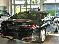 gebraucht BMW 740 d xDrive Mildhybrid AHK-schwenkbar Keramik