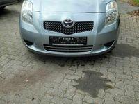 gebraucht Toyota Yaris 1,3-l-VVT-i Cool