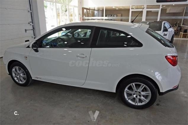 vendido seat ibiza sc 1 6 tdi 105cv c coches usados en venta. Black Bedroom Furniture Sets. Home Design Ideas