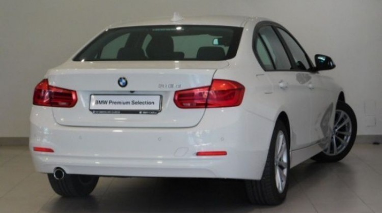 vendido bmw 318 3 series serie d blan coches usados en venta BMW 3 Series Inside usado bmw 318 3 series serie d blanco a o 2016 8436 kms