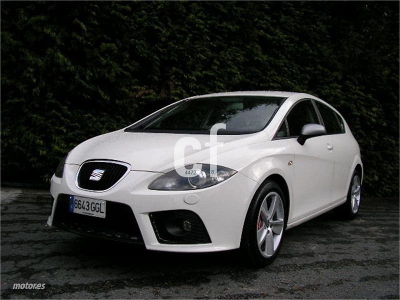 seat leon 2 0 tdi 140cv styla coches usados en venta autouncle. Black Bedroom Furniture Sets. Home Design Ideas
