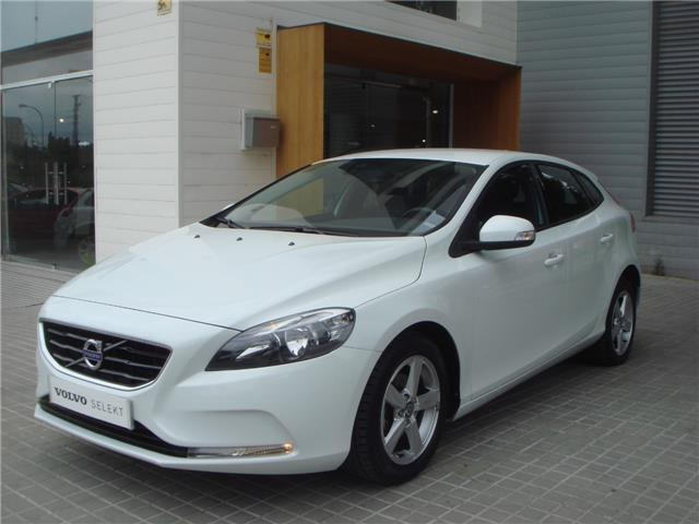 vendido volvo v40 d2 kinetic 115cv 1 coches usados en venta. Black Bedroom Furniture Sets. Home Design Ideas