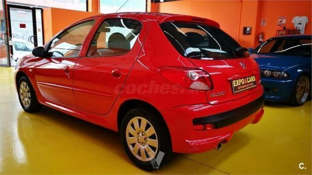 vendido peugeot 206 1 4 75cv 5p 10 coches usados en venta. Black Bedroom Furniture Sets. Home Design Ideas