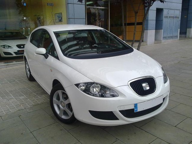 vendido seat leon 1 9 tdi 105 cv ecom coches usados en venta. Black Bedroom Furniture Sets. Home Design Ideas