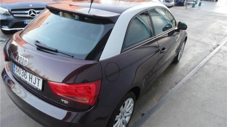 Vendido audi a1 1 6tdi concesionario coches usados en - Tapiceria granollers ...