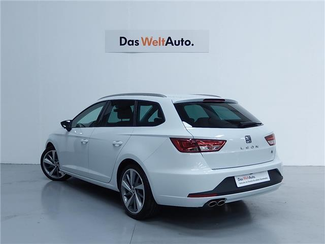 vendido seat leon st 1 4 tsi act s s coches usados en venta. Black Bedroom Furniture Sets. Home Design Ideas