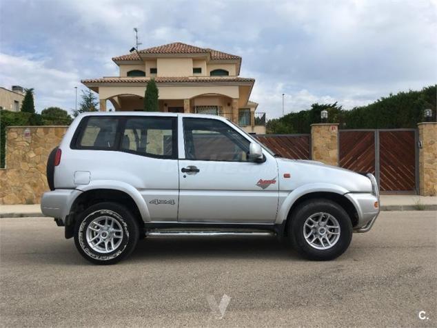 Nissan terrano 2 1999 2.4
