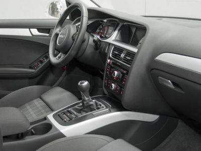 usado Audi A4 2.0 TDI S line Edition 150CV