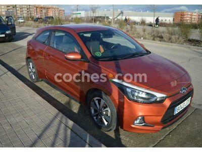 usado Hyundai Coupé I20 I201.4crdi Klass Orange 90 cv en Madrid