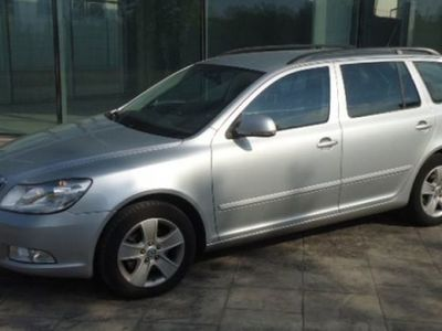 used Skoda Octavia COMBI 2.0 TDI EXECUTIVE