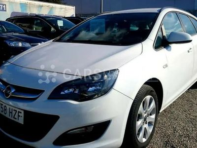 usado Opel Astra ST 1.6CDTi S/S Selective 136