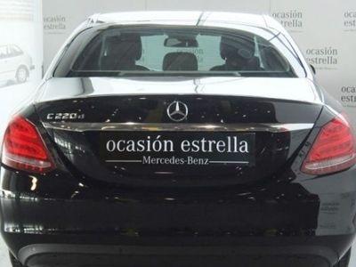 usado Mercedes 220 C Seriescolor negro 2016 13214 KM