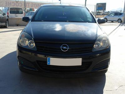 usado Opel Astra GTC 1.7CDTi Enjoy