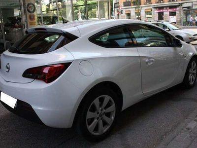 usado Opel Astra GTC 1.7CDTi S/S Selective