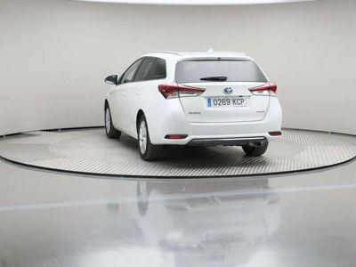 usado Toyota Auris 1.8 140h ActiveTouring Sports