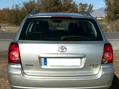usado Toyota Avensis Wagon 2.2D-4D Sol