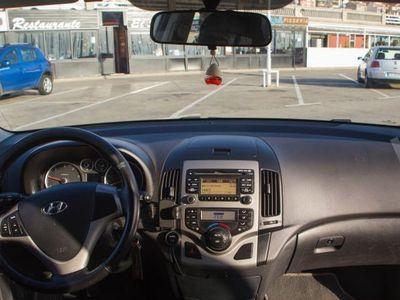 usado Hyundai i30 1.6 CRDi VGT 90 Comfort -08