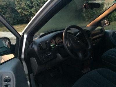 usado Chrysler Voyager SE 2.8 CRD Auto -04