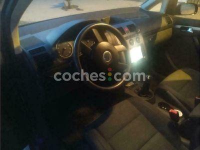 usado VW Touran 1.6 Fsi Advance 115 cv en Jaen