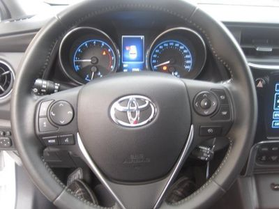 usado Toyota Auris Touring Sports 120T Active