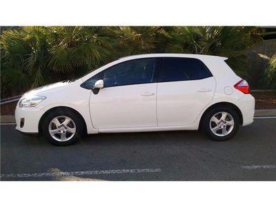 usado Toyota Auris 1.8 HSD ACTIVE HÍBRIDO S&S AUT. 100CV