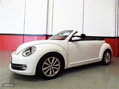 usado VW Beetle Cabrio 1.6 TDI 105cv Design
