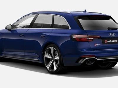 usado Audi RS4 Avant 2.9 TFSI quattro 331 kW (450 CV) tiptronic Gasolina Azul matriculado el 12/2017