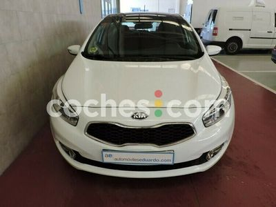 usado Kia cee'd Cee´d 1.6crdi Drive 128 128 cv en Rioja, La