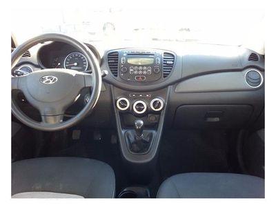usado Hyundai i10 1.1 Comfort WWW.INMOCOCHES.COM