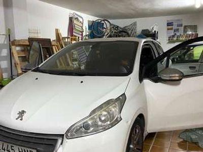 usado Peugeot 208 1.6e-HDi Allure