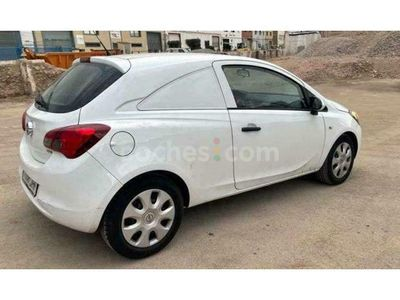 usado Opel Corsa 1.3cdti Expression 75 75 cv en Barcelona