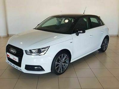 usado Audi A1 Sportback Adrenalin 1.0 TFSI 70 kW (95 CV) Gasolina Blanco matriculado el 03/2017