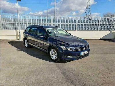 usado VW Passat Variant 2.0tdi Edition 110kw 150 cv en Madrid