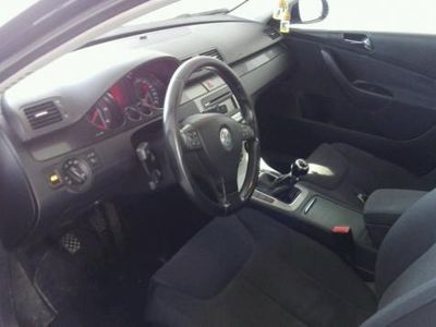 usado VW Passat Variant 2.0 TDI 140cv Advance -06