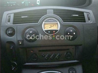 usado Renault Scénic II 1.9dci Confort Authentique 120 cv en Leon