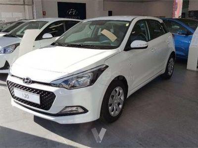 usado Hyundai i20 1.2 Mpi Essence 5p. -16