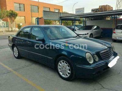 usado Mercedes E320 Clase ECdi Elegance 197 cv en Malaga