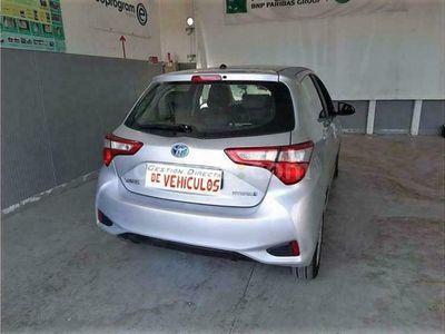 usado Toyota Yaris 100h 1.5 Active 100 cv en Madrid