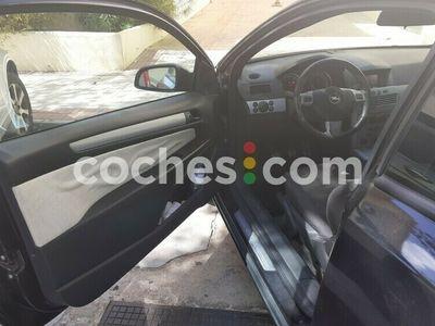 usado Opel Astra GTC 1.9cdti Sport 150 150 cv en Malaga