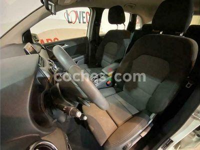 usado Mercedes B200 Clase B4matic 7g-dct 136 cv en Pontevedra