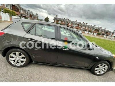 usado Mazda 3 1.6crtd Active 109 cv en Asturias