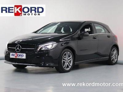 gebraucht Mercedes A180 d 7G-DCT LED-PIEL-PARK ASIST-NAVIG