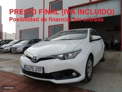 usado Toyota Auris 1.4 90D BUSINESS